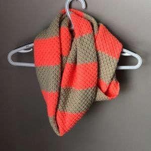 Infinity scarf (tan and orange)